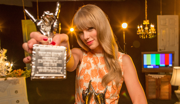Taylor Swift, Britney Spears & Alicia Keys Are VEVO CERTIFIED Artists